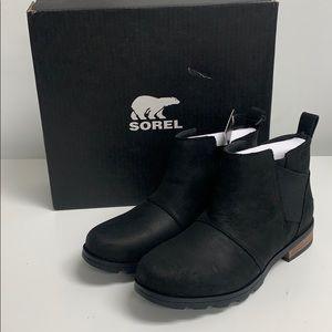 Aorel Emelie Chelsea Waterproof Ankle Boot size 9